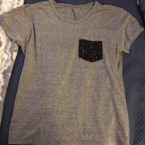 Comfy grey t with sparkle pocket